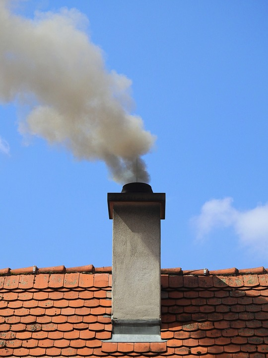 https://pixabay.com/photos/chimney-smoke-fireplace-pollution-2257668/